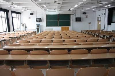 山东省德州卫生学校多媒体教室