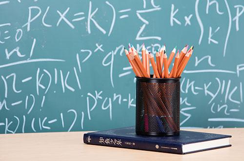 专家建议逐步推进学前教育纳入义务教育,幼师的春天来了!